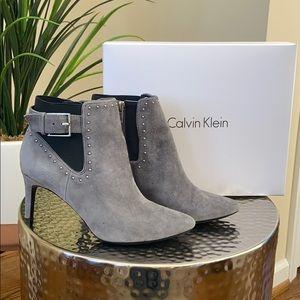 Calvin Klein Jozie heeled bootie